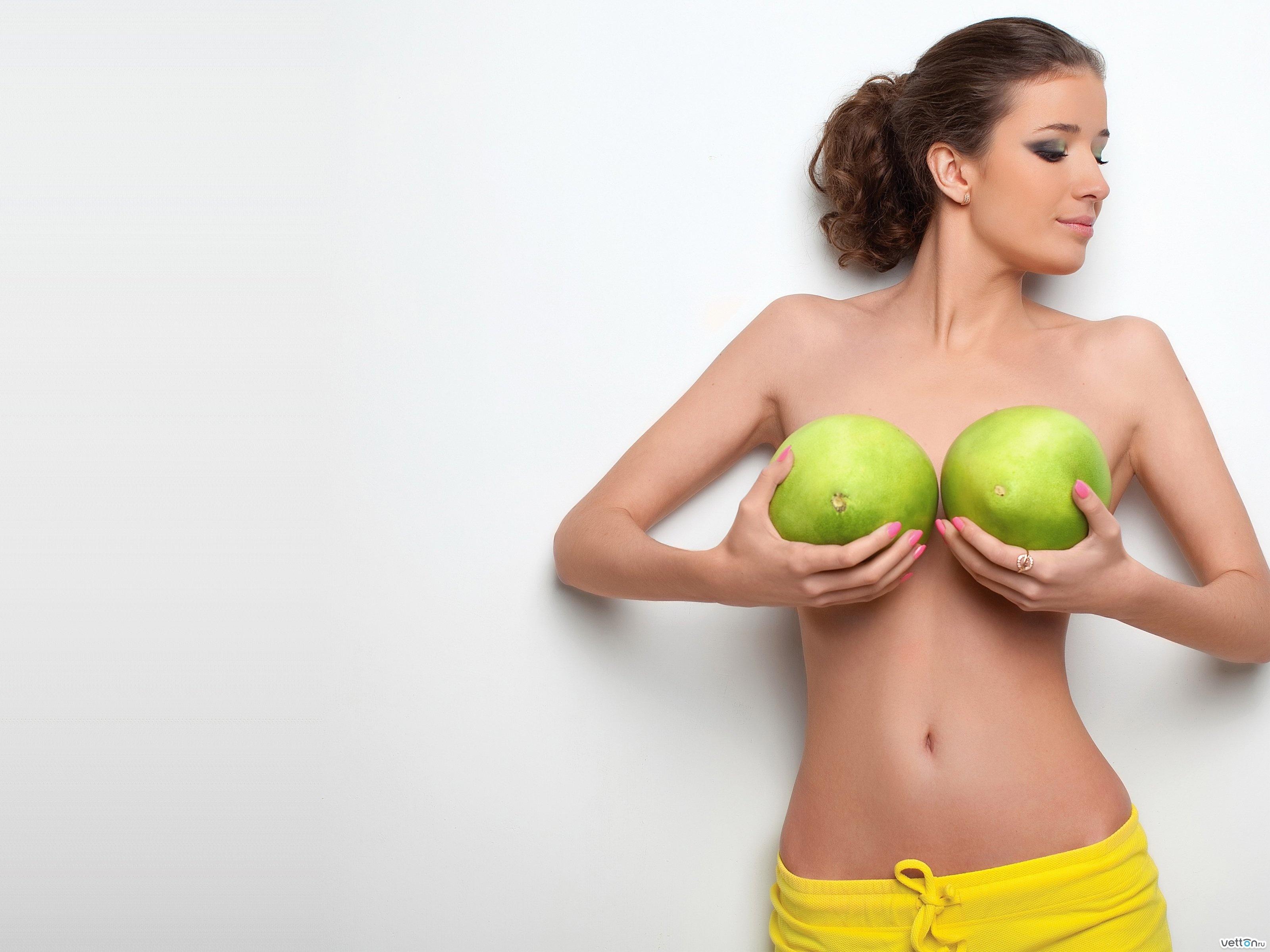Смотреть Основные формы женской груди: какие они бывают видео