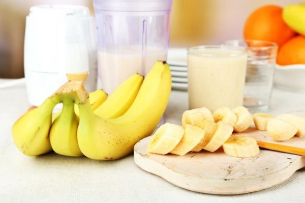 Рецепт Протеиновый коктейль с бананом. Калорийность, химический состав и пищевая ценность.