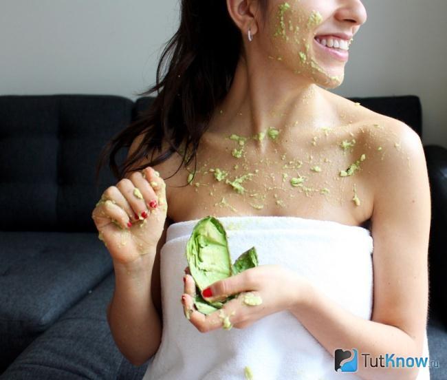 Как использовать масло авокадо для волос, лица и тела